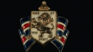 "he British Coat of Arms bearing the motto ""Dieu et mon droit."" (Credit: MPI/Getty Images)"